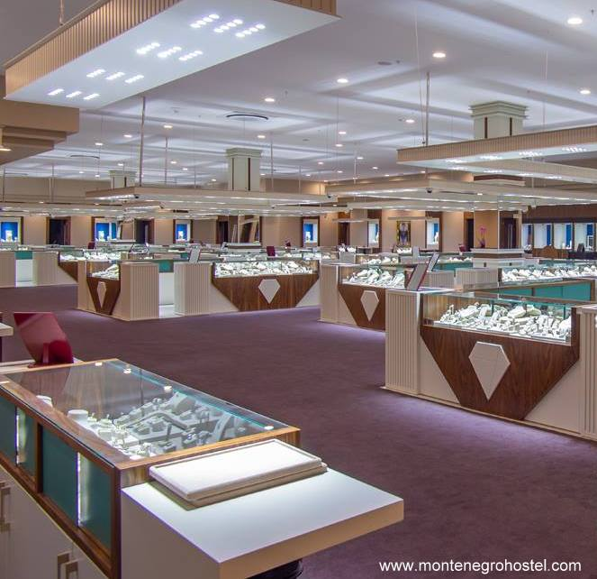 Diana Jewelry shopping tour 06 001