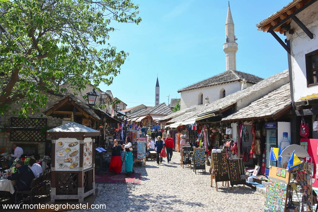 m Old bazaar in Mostar 001